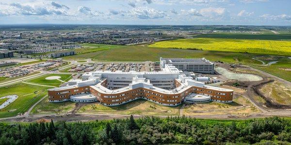 Grande Prairie Regional Hospital Completion